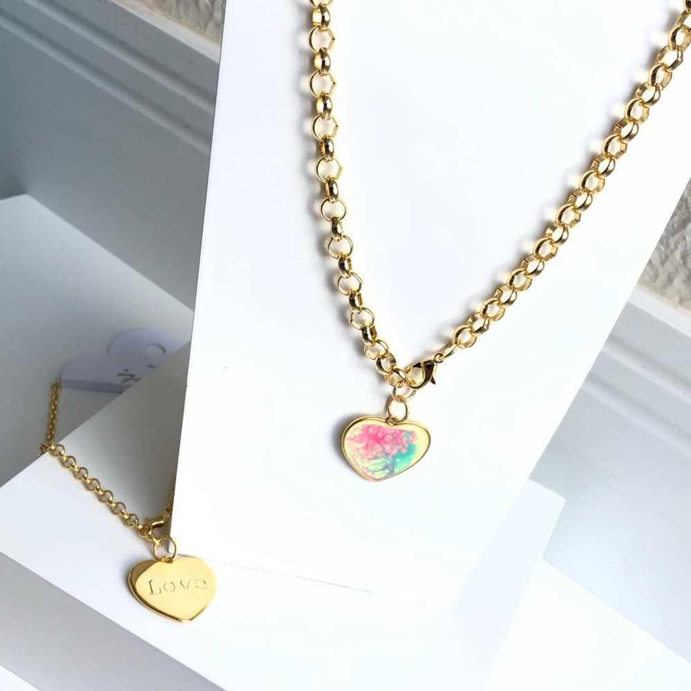 Colar folheado a ouro feminino correntaria elo português pingente coração tie die love