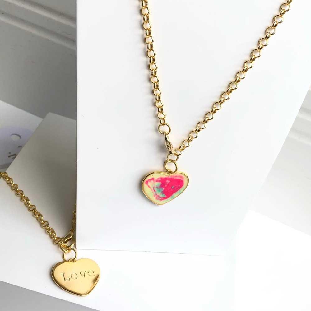 Colar folheado a ouro feminino correntaria elos pingente coração tie die love