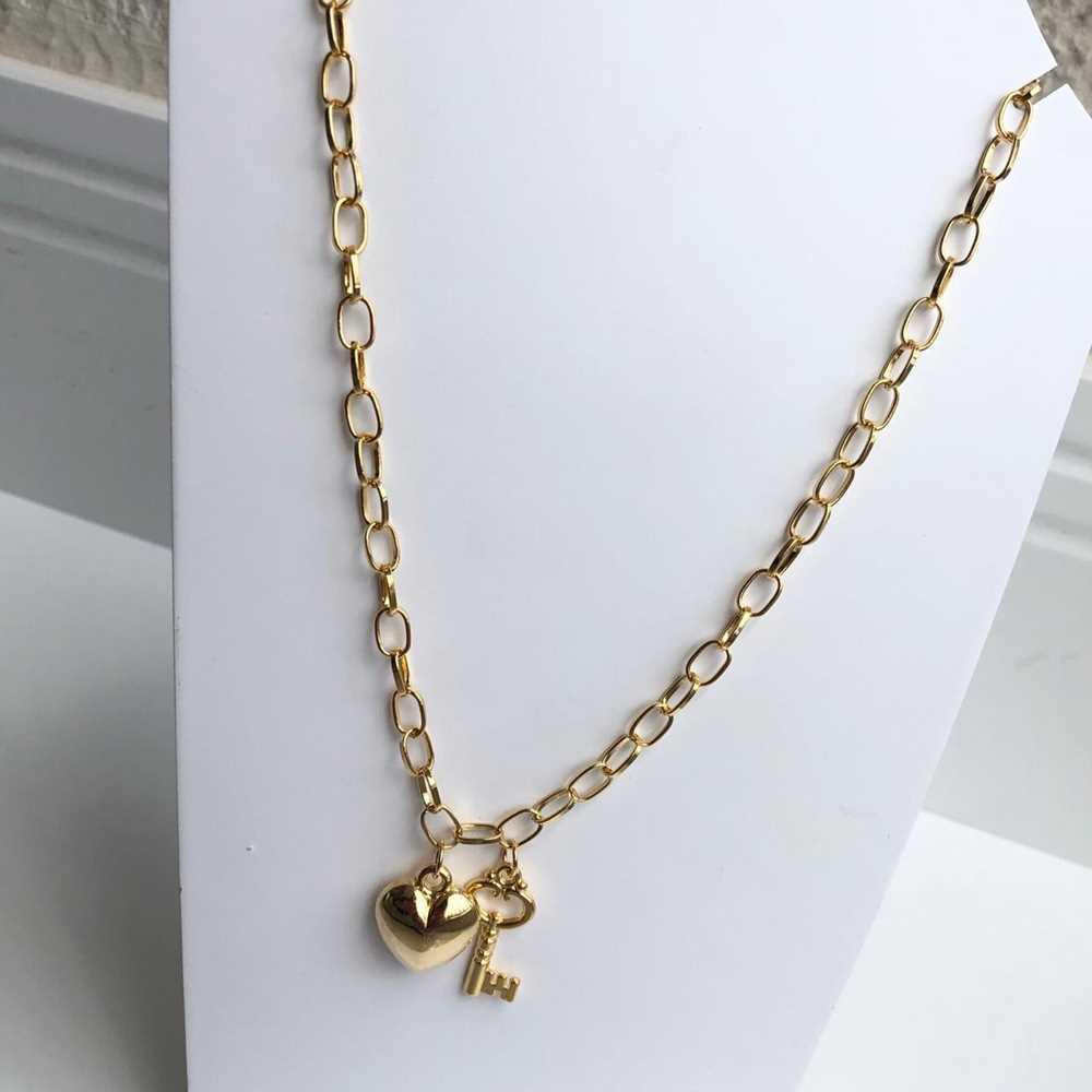 Colar folheado a ouro feminino correntaria elos pingentes coração e chave