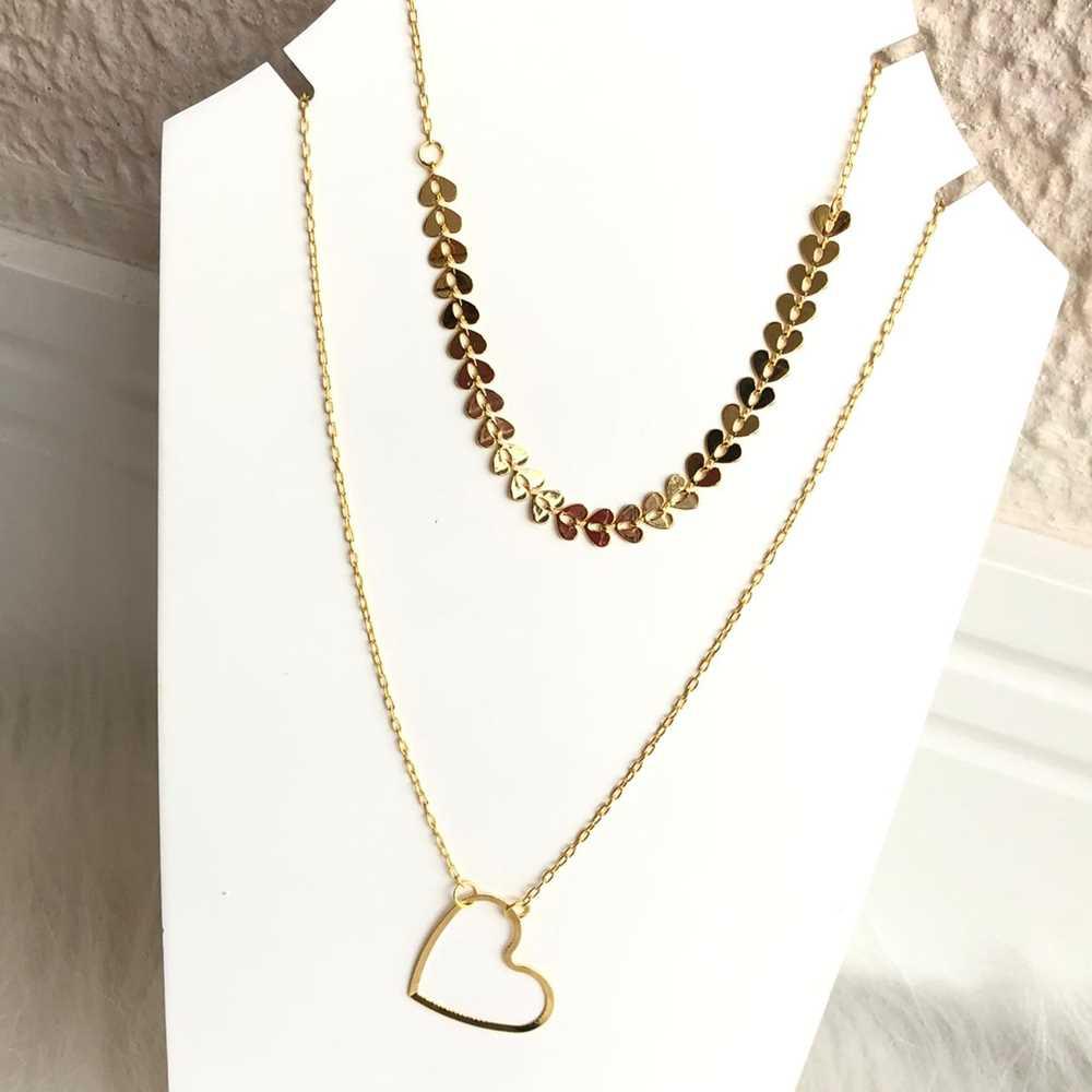 Colar folheado a ouro feminino duplo pingente de coração vazado e escaminhas