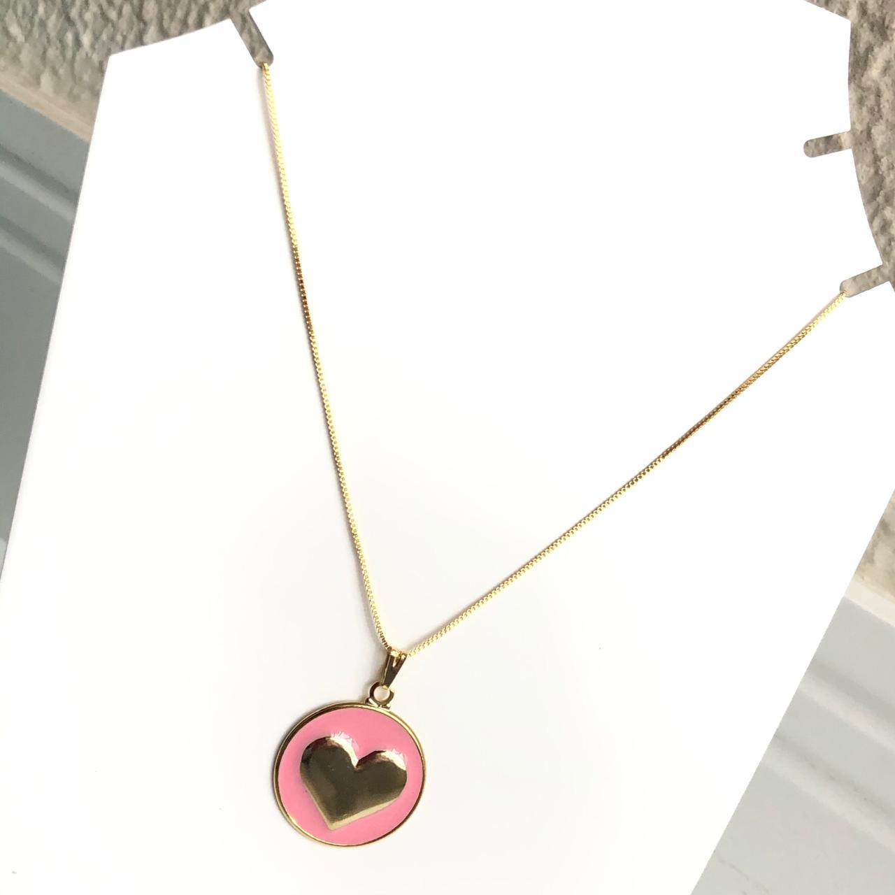 Colar folheado a ouro feminino mandala coração esmaltado salmão chiclete