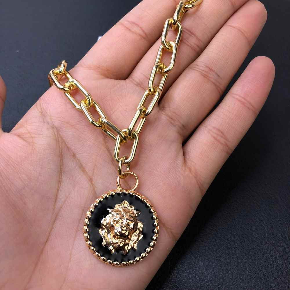 Colar folheado feminino dourado correntaria elos pingente medalhão de leão