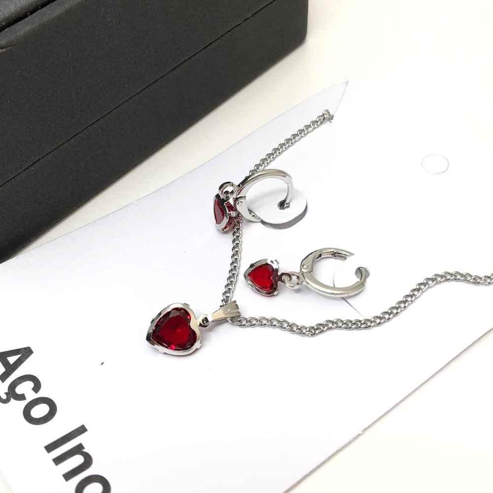 Conjunto colar e brinco argolinha com pedra de coração vermelha aço inox antialérgico