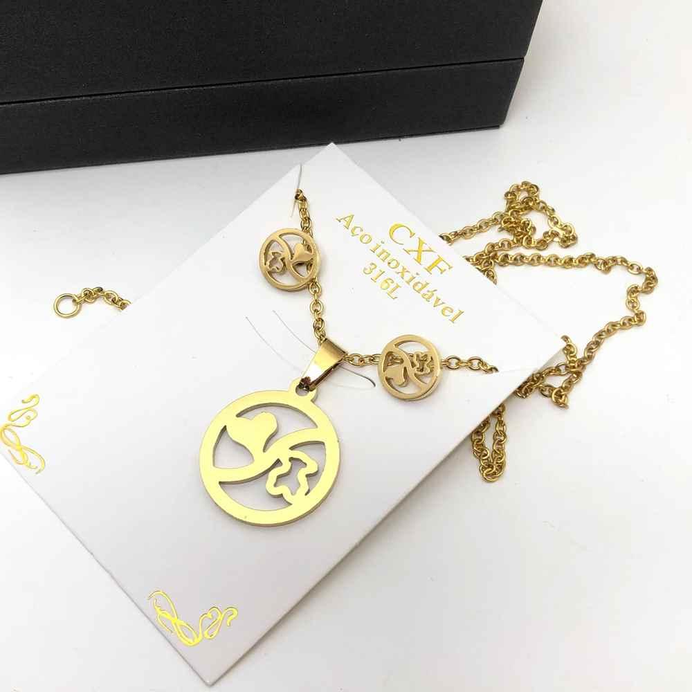 Conjunto colar e brinco banhado dourado  yin-yang de coração