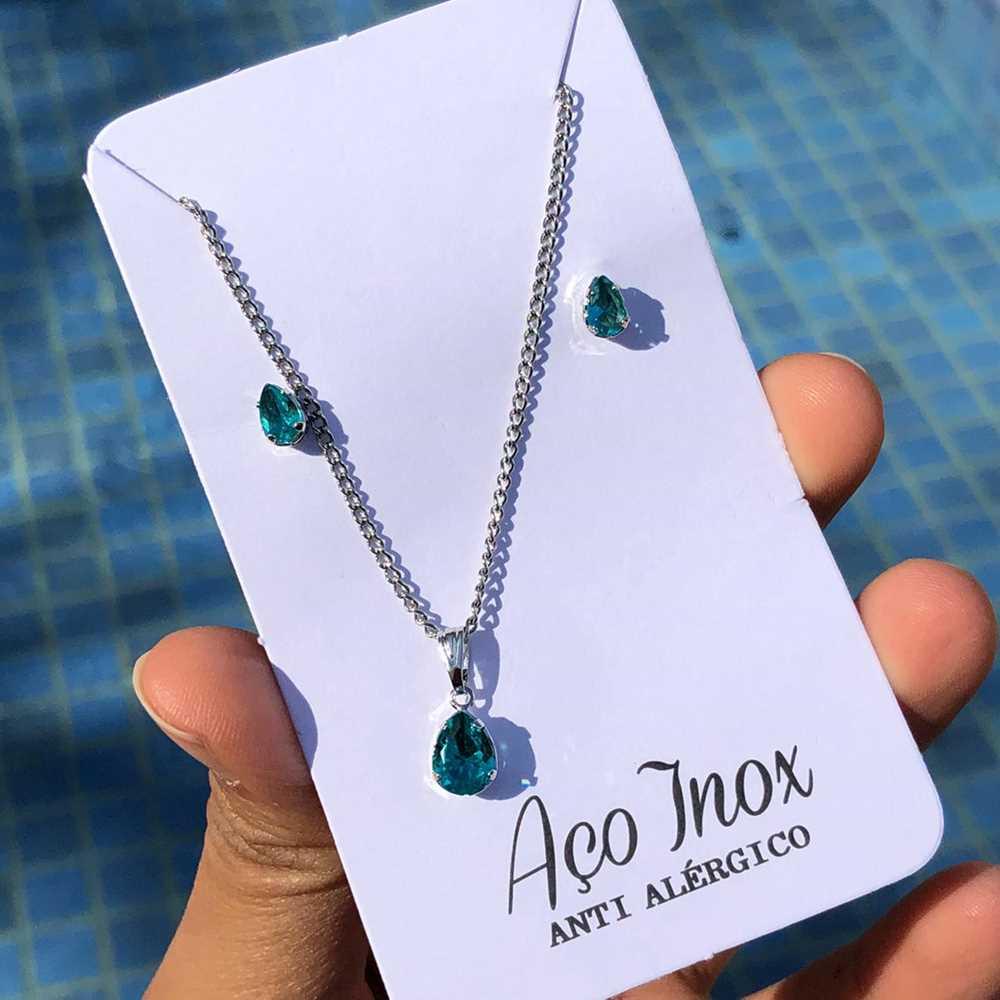 Conjunto colar e brinco prata de pedra de gotinha azul água aço inox antialérgico