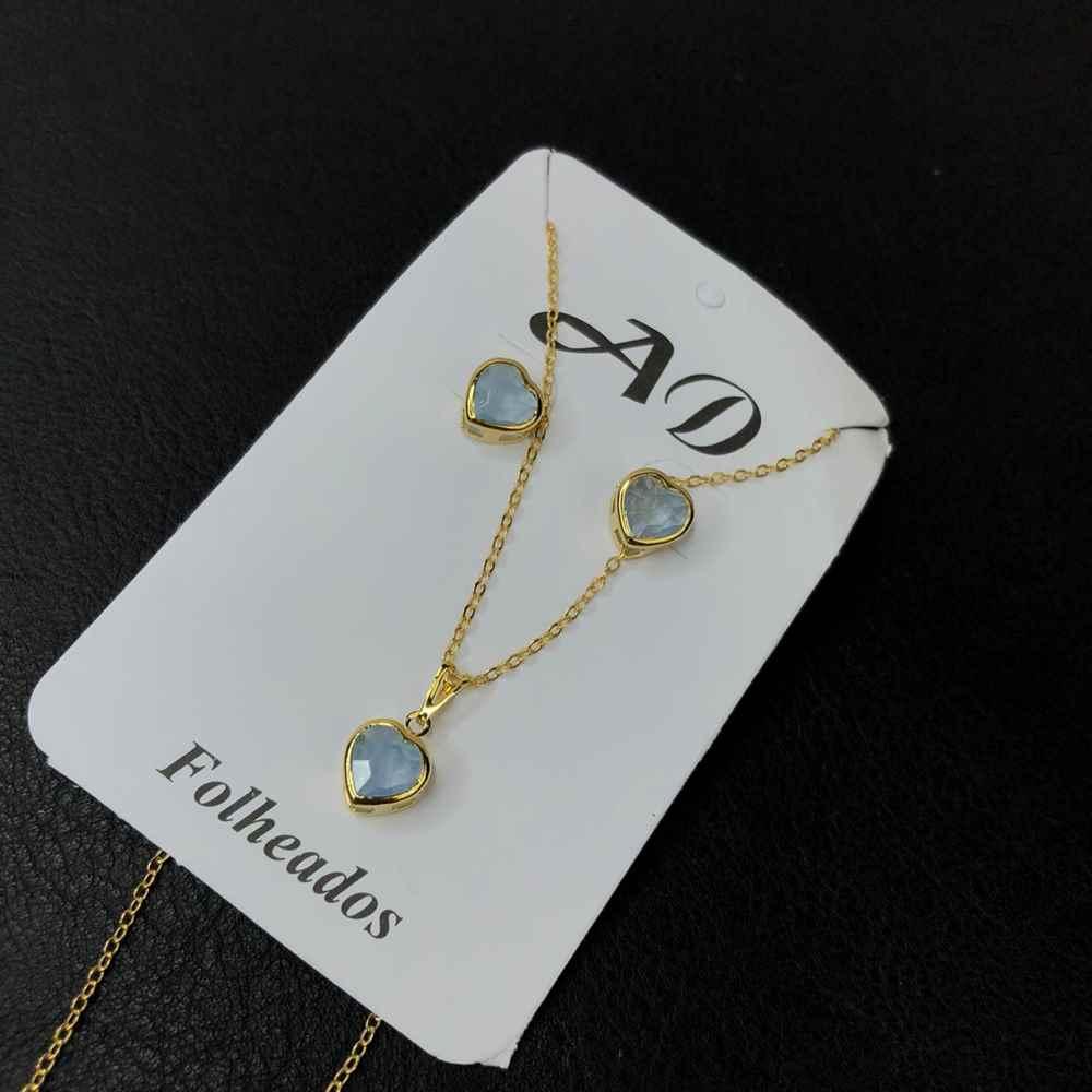Conjunto de colar e brinco folheado coração gelo azulado