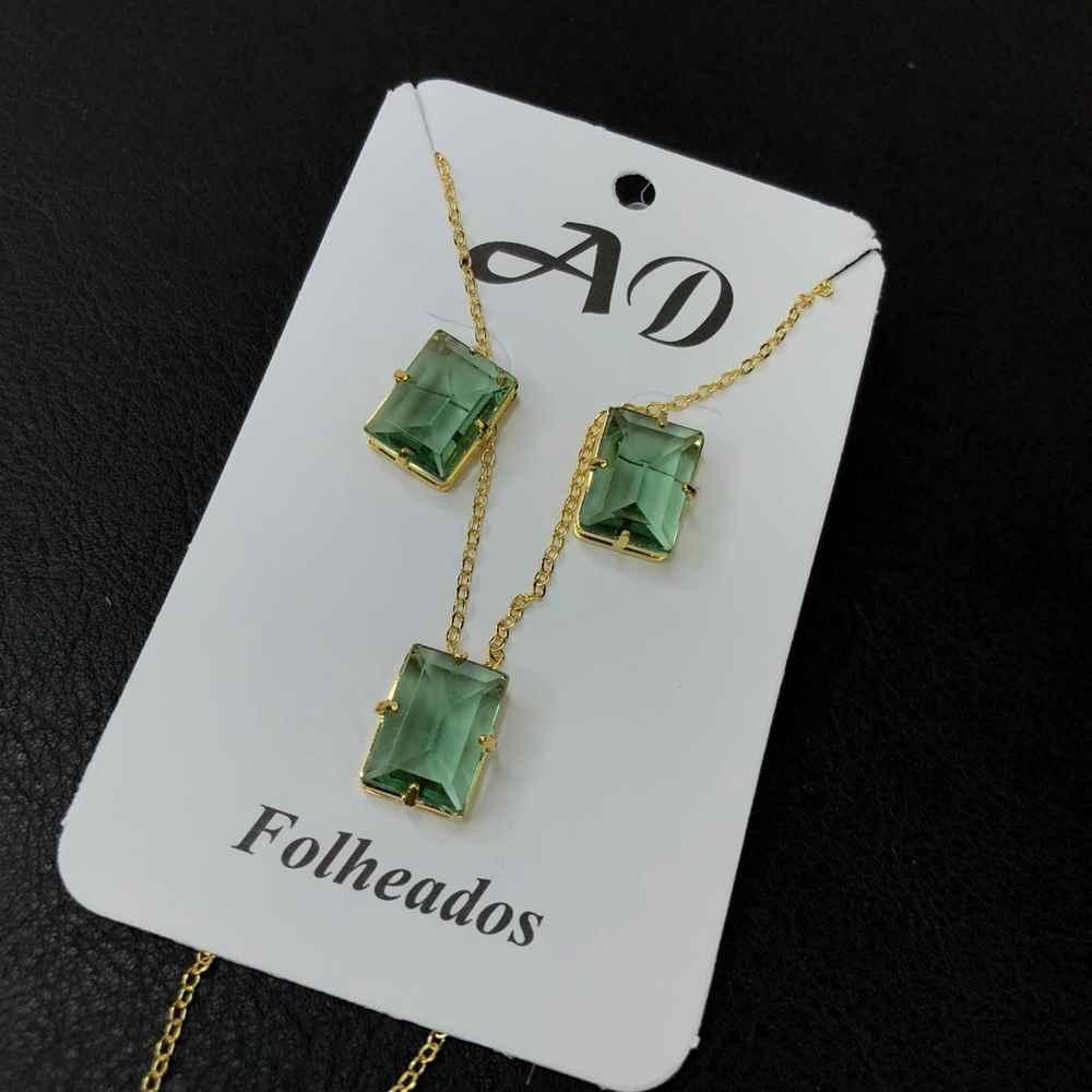 Conjunto de colar e brinco folheado pedra retangular verde bebê