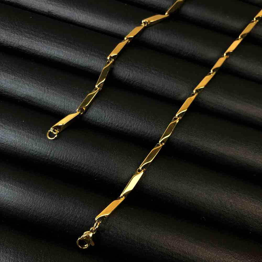 Corrente masculina fita espelhada de aço inox dourada - 3mm