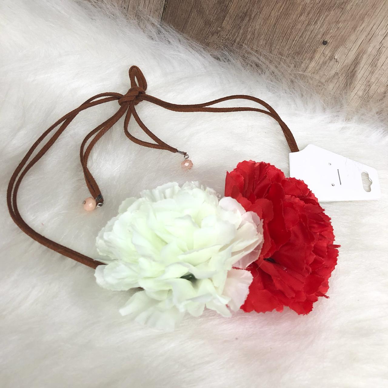 Headband Flores Tiara de Flores Vermelha e Branca - Diamante Rosa ... c4329ea6a30