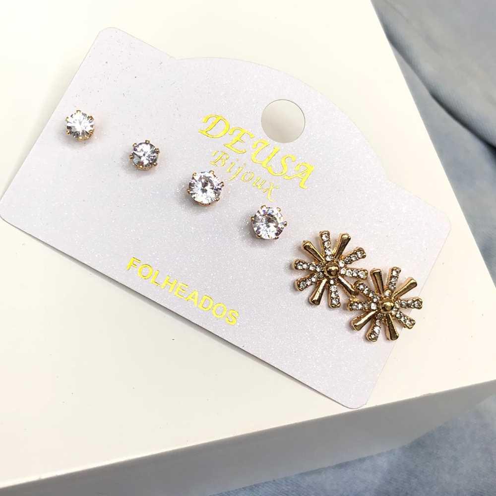 Kit 3 pares de brincos pequenos dourado primeiro, segundo e terceiro furo floco de neve ponto de luz