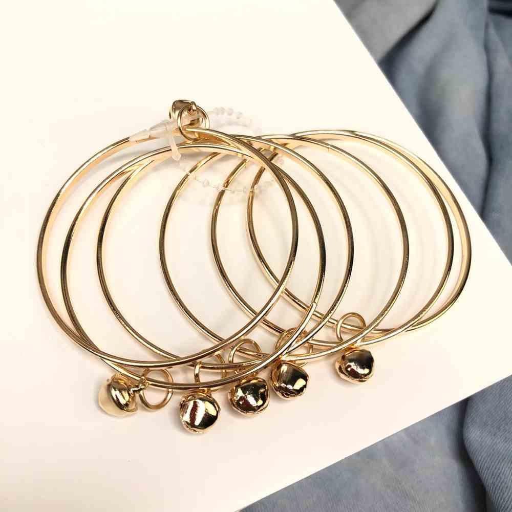 Kit de pulseiras infantil mix de pulseiras infantil pingente barulhinho dourado