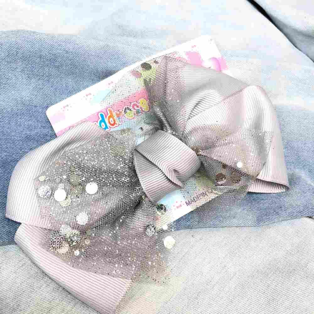 Laço infantil com biquinho de pato presilha branco e prata
