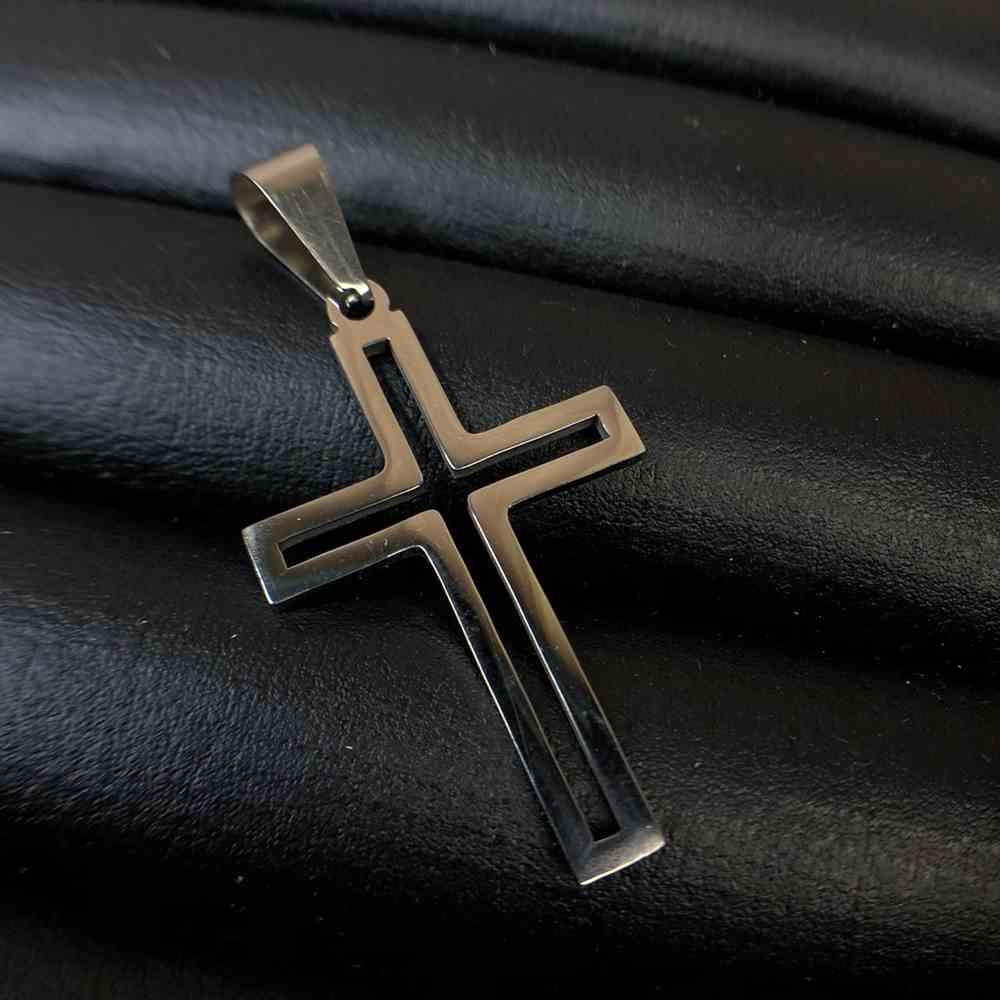 Pingente de aço cruz vazada prata