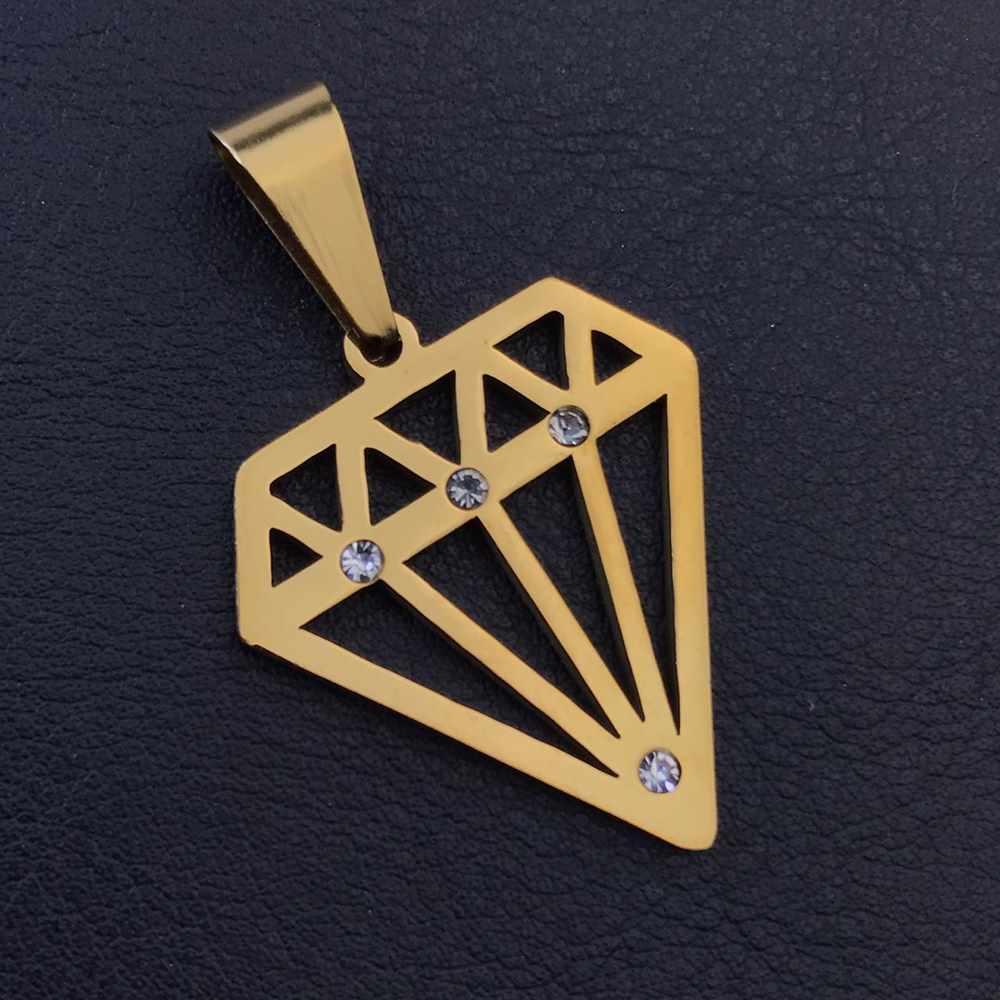 Pingente de aço dourado diamante cravejado com strass