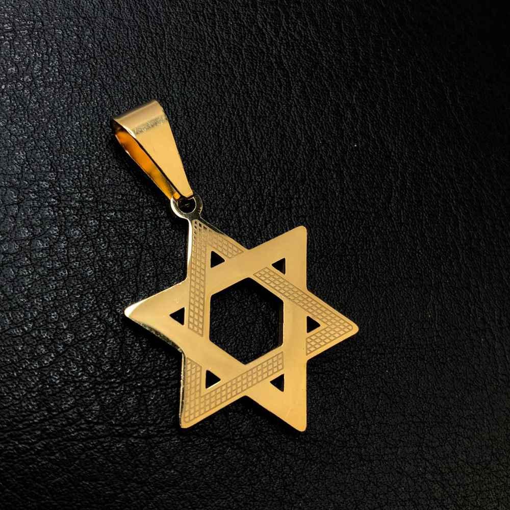 Pingente de aço dourado estrela de Davi