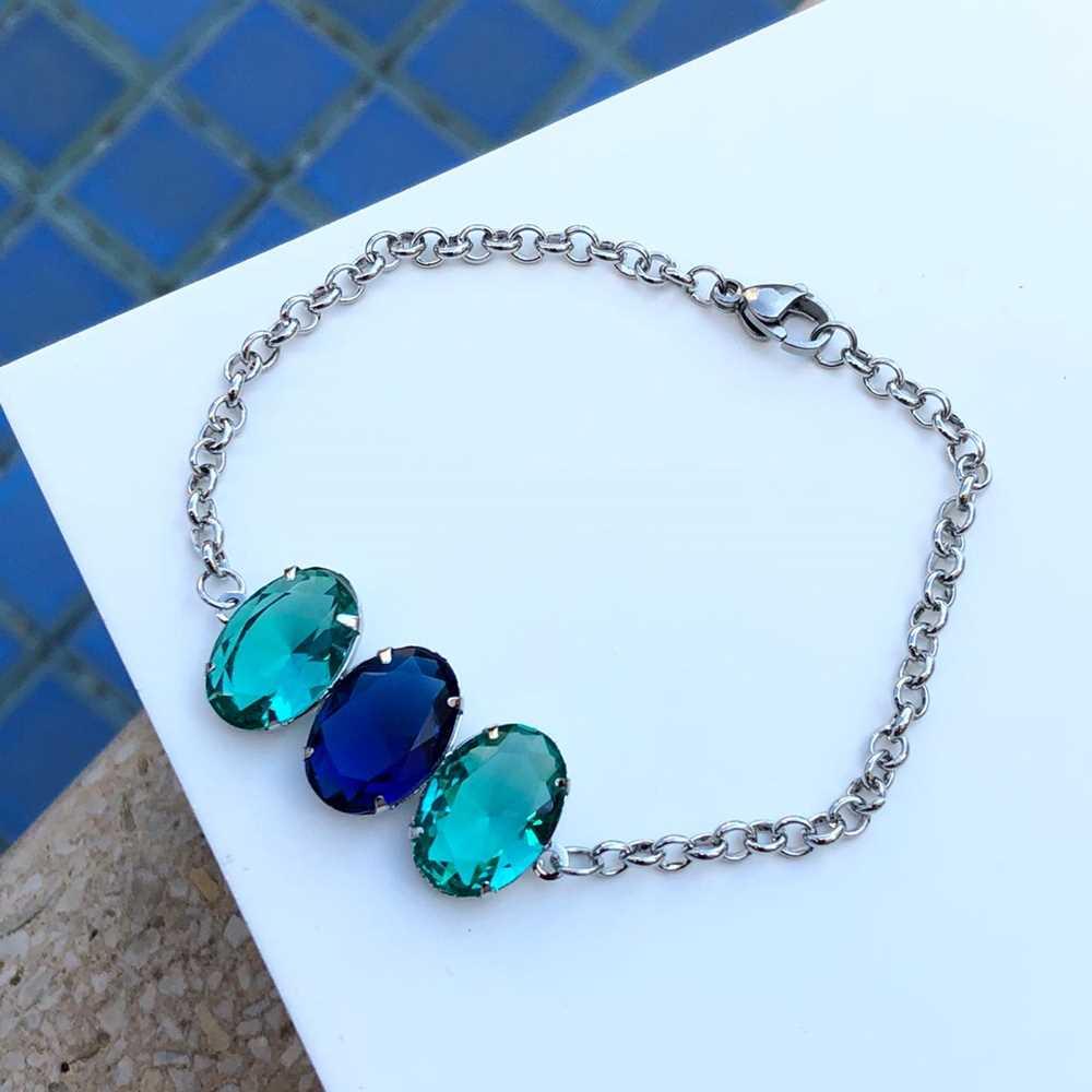 Pulseira de aço feminina pingente de pedrarias oval azul marinho e verde água