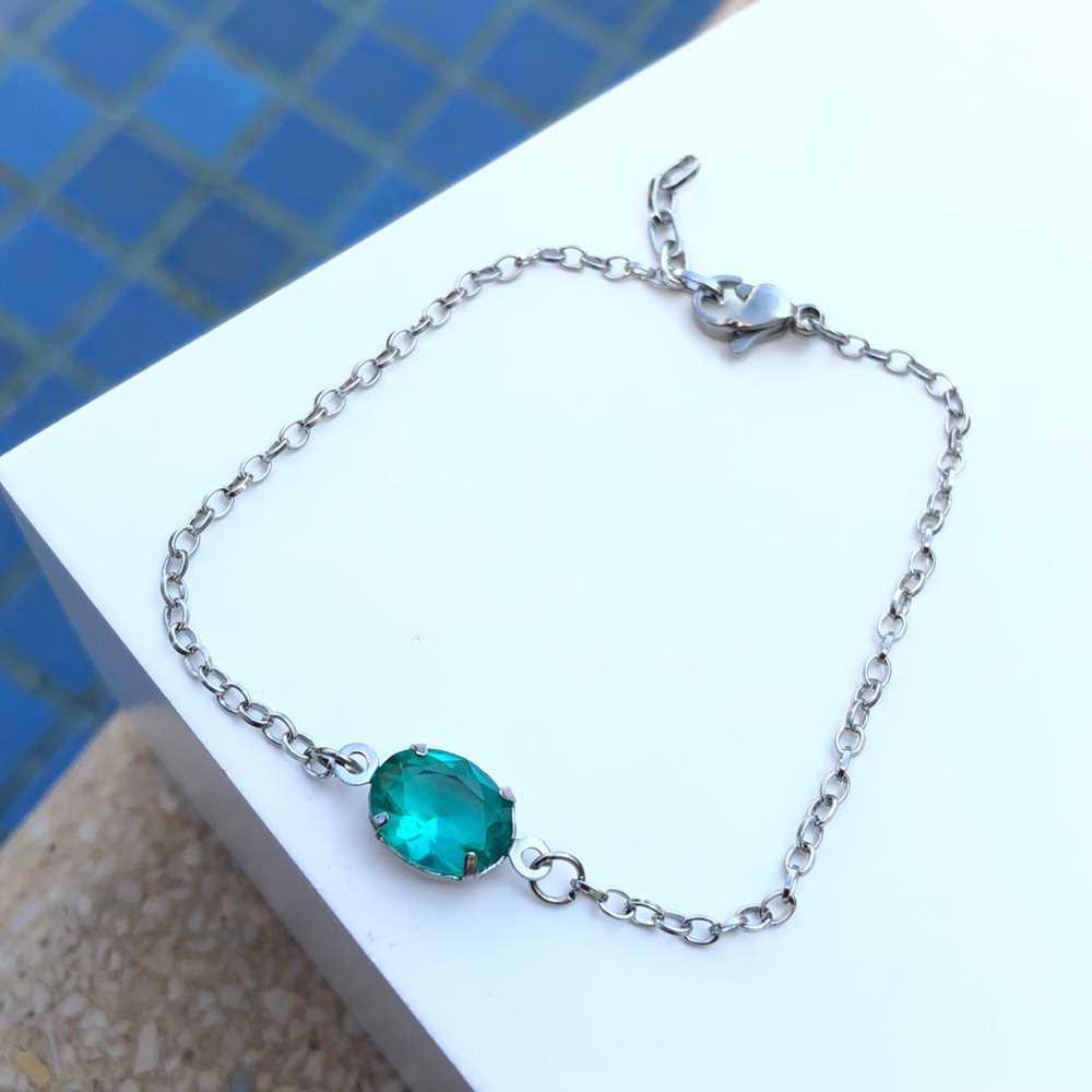 Pulseira de aço feminina pingente pedra oval verde água