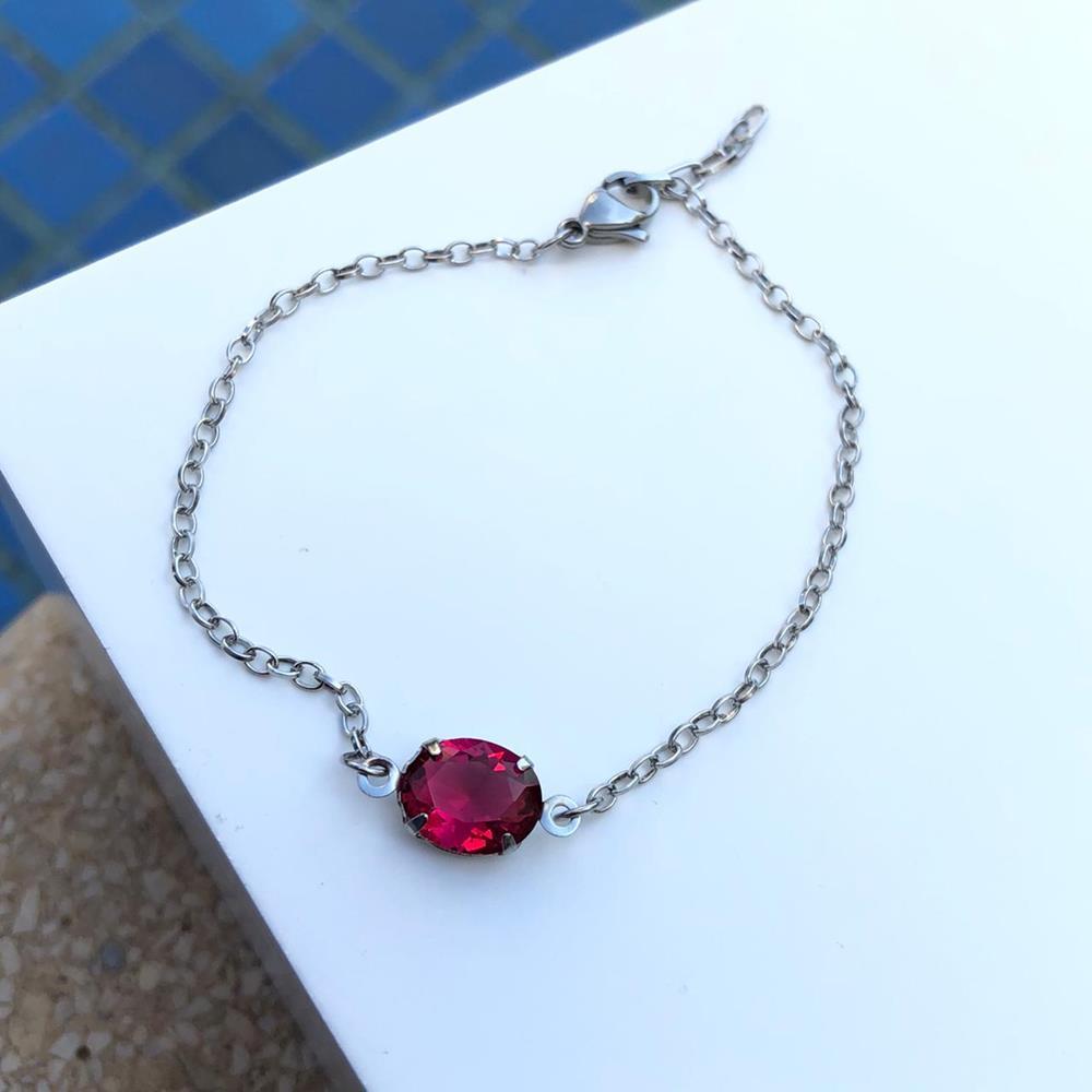 Pulseira de aço feminina pingente pedra oval vermelha rubi
