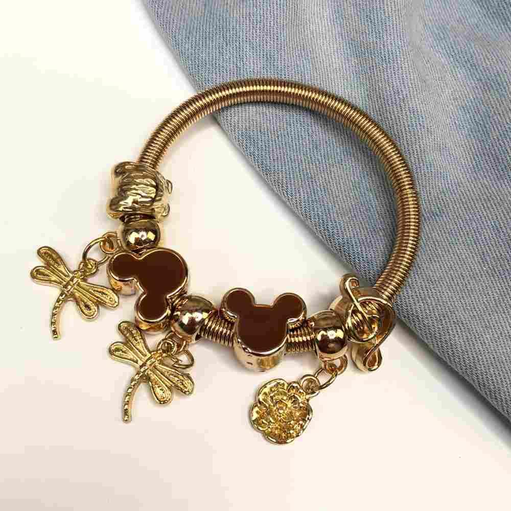 Pulseira de berloques infantil dourado pingentes variados ratinho esmaltado marrom