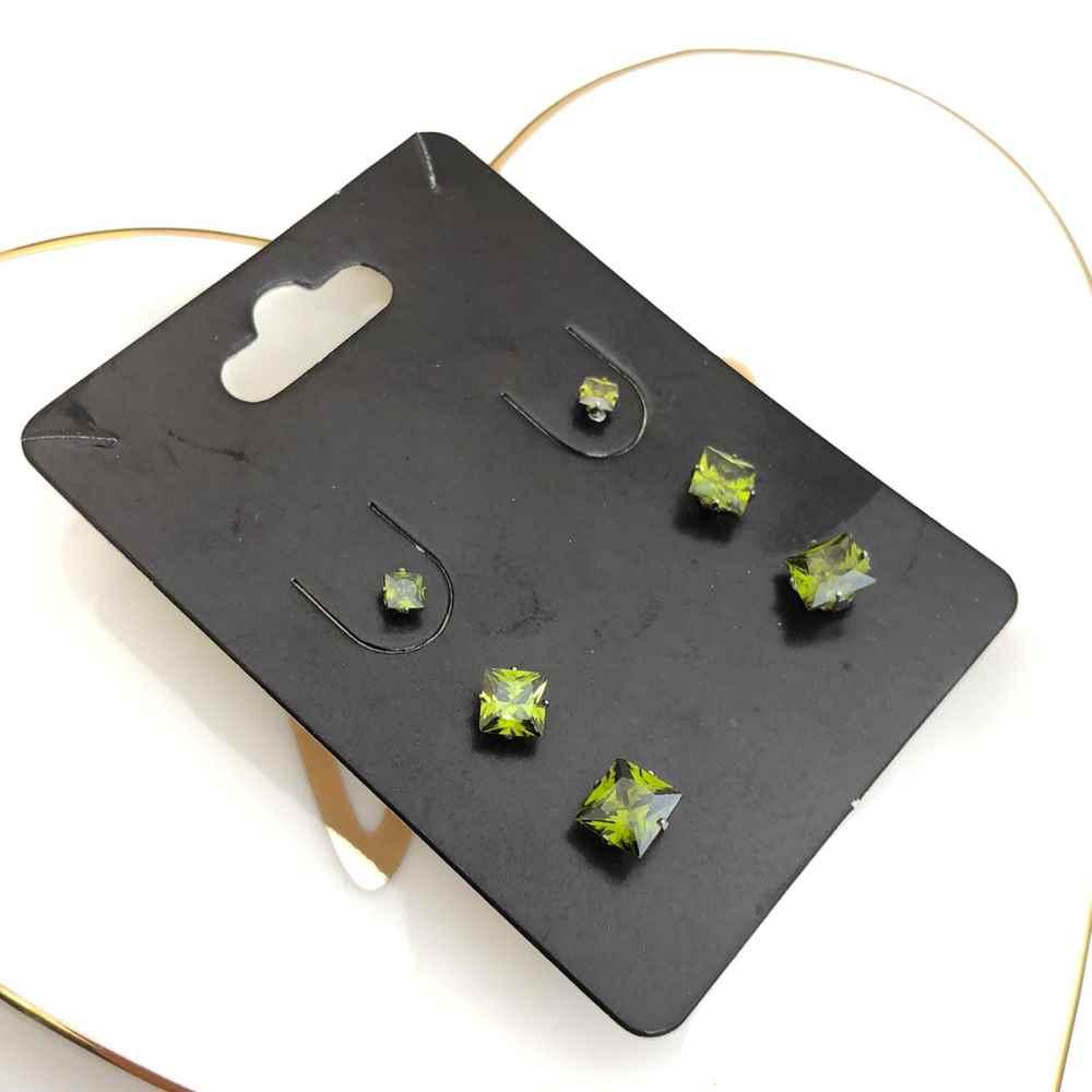 Trio de brincos em aço inox primeiro, segundo e terceiro furo quadradinho verde