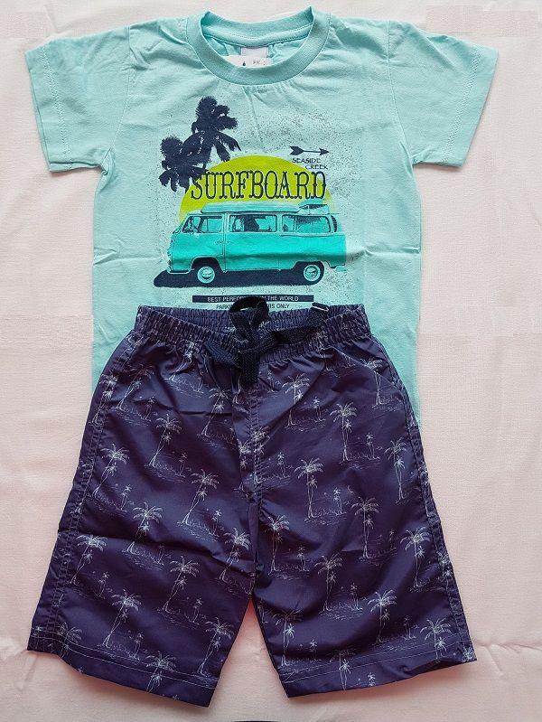 Conjunto com Camiseta Manga Curta e Shorts - Perua Kombi