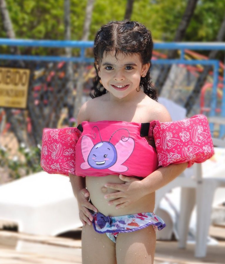 Colete Salva-Vidas Infantil Ativa Kids Galinha Pintadinha Homologado Rosa Classe V Até 25 Kg