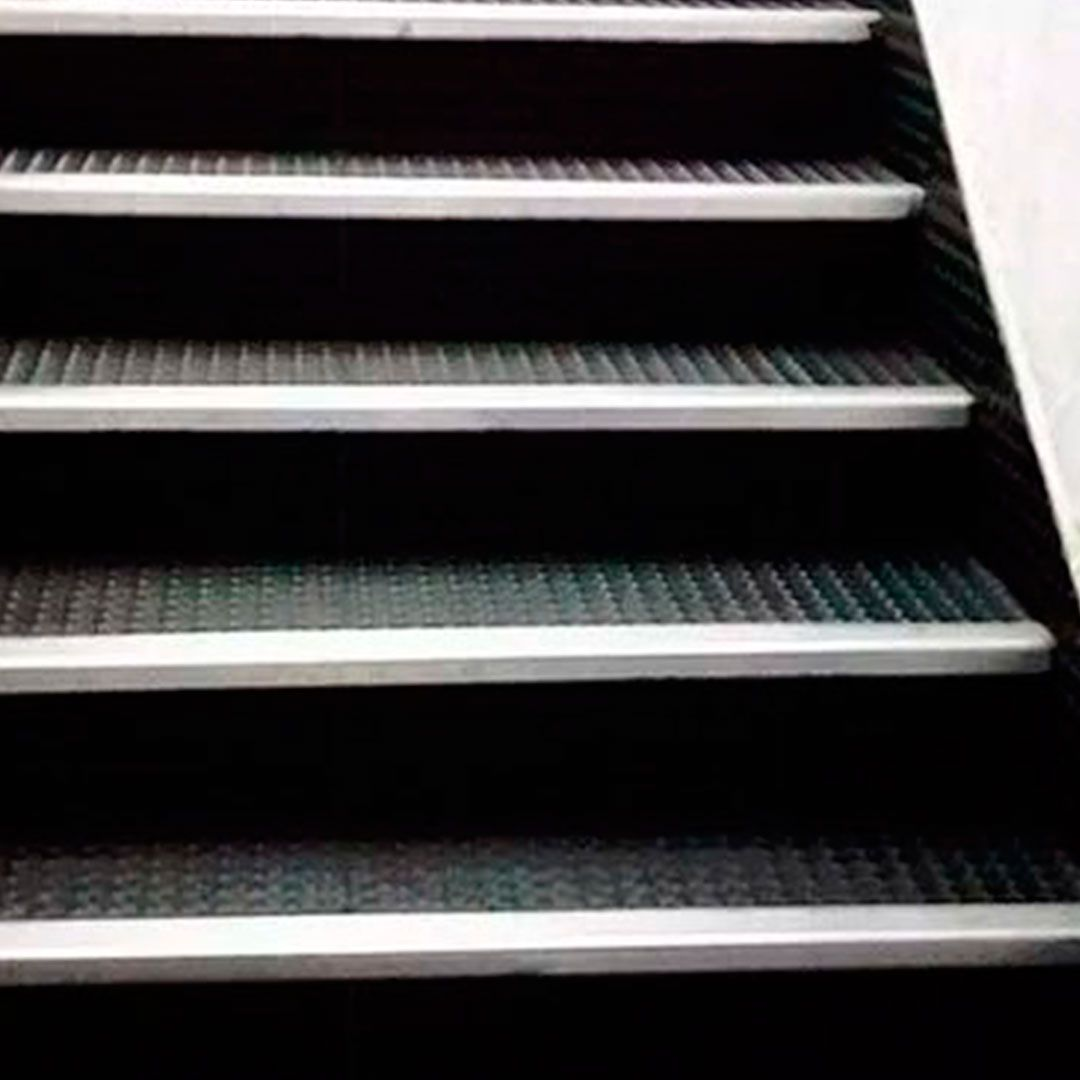 Piso Emborracha Moeda Alto Trafego Kit 04 placas 0,50 X 0,50m Preto
