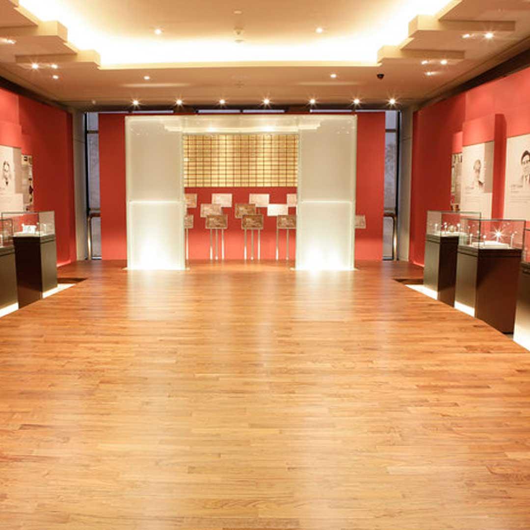 Piso Vinílico em Manta Palace 1,5mm - 2x10m - Marfim E- P083  - LG Hausys