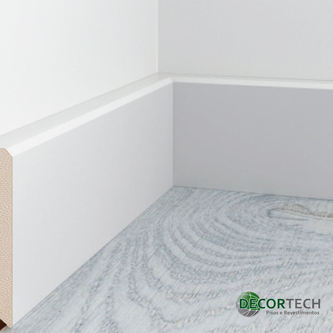 Rodapé Liso Branco 10cm Barra 2,20m - Poliestireno