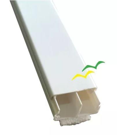 Canaleta De PVC Com Divisoria 20 x 10 x 2000mm Branca (REFORÇADA) Com Fita Dupla Face - ILUMI
