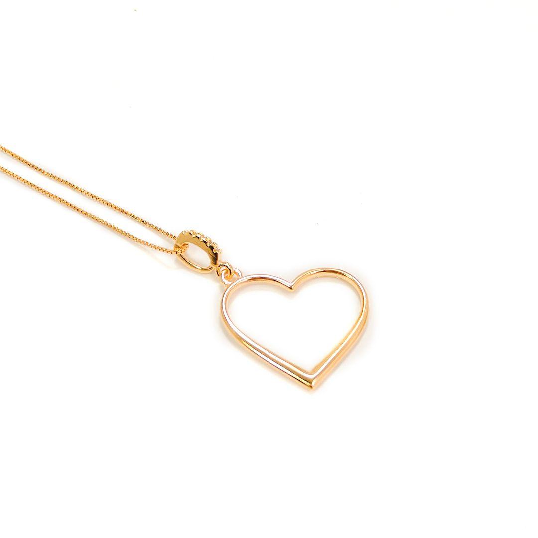 Colar com pingente de Coração com Cravejado banho Ouro 18k