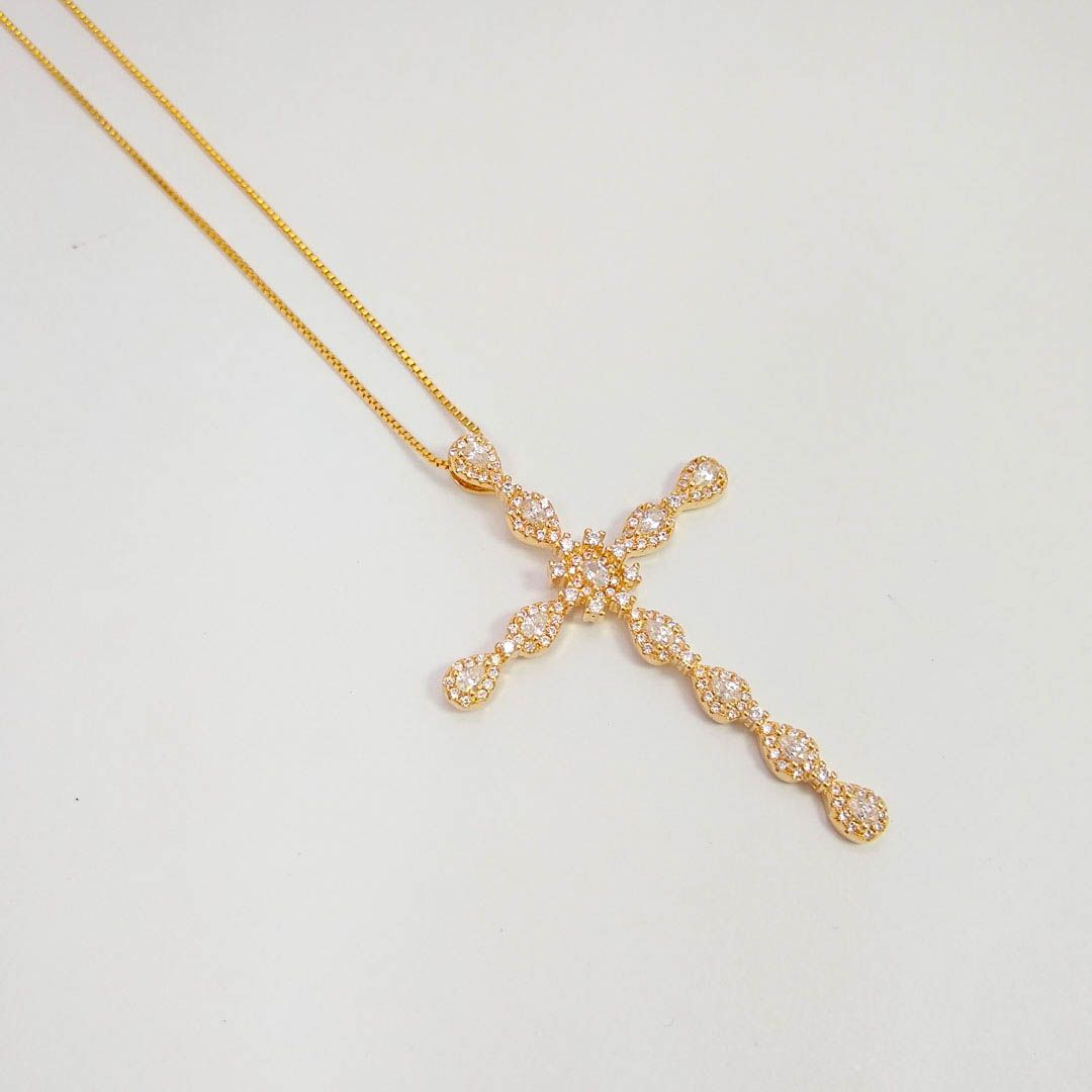 Colar Cruz Grande com Gotas de Zircônia banho Ouro 18k