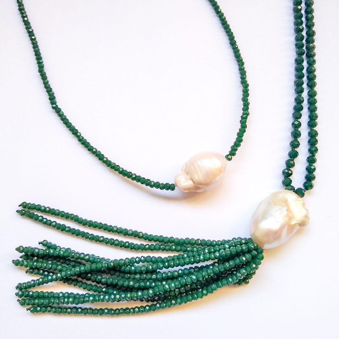 Colar Longo Luxo com Tassel de Cristais Verdes e Pérola Biquinho
