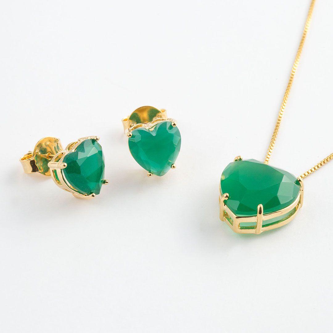 Conjunto de Coração Ponto de Luz Grande em Cristal Verde Esmeralda fosco com banho em Ouro Amarelo