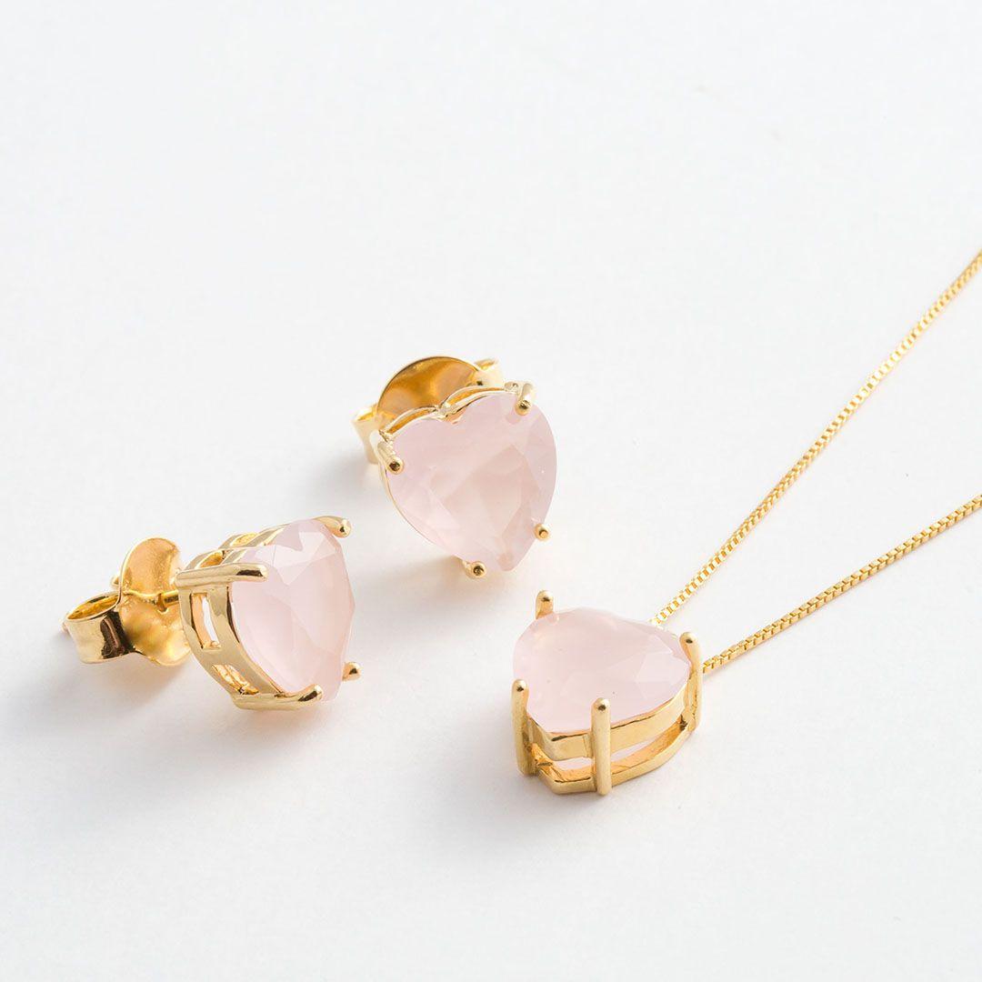 Conjunto Coração Médio em Cristal Rosa Claro fosco com banho em Ouro Amarelo