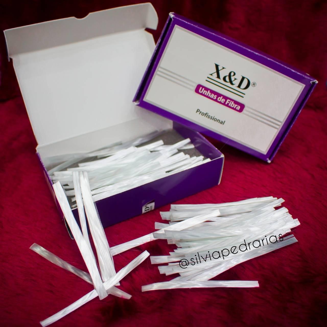 Caixinha com 50 fibras de vidro seladas X&D  - Sílvia Pedrarias & Cia