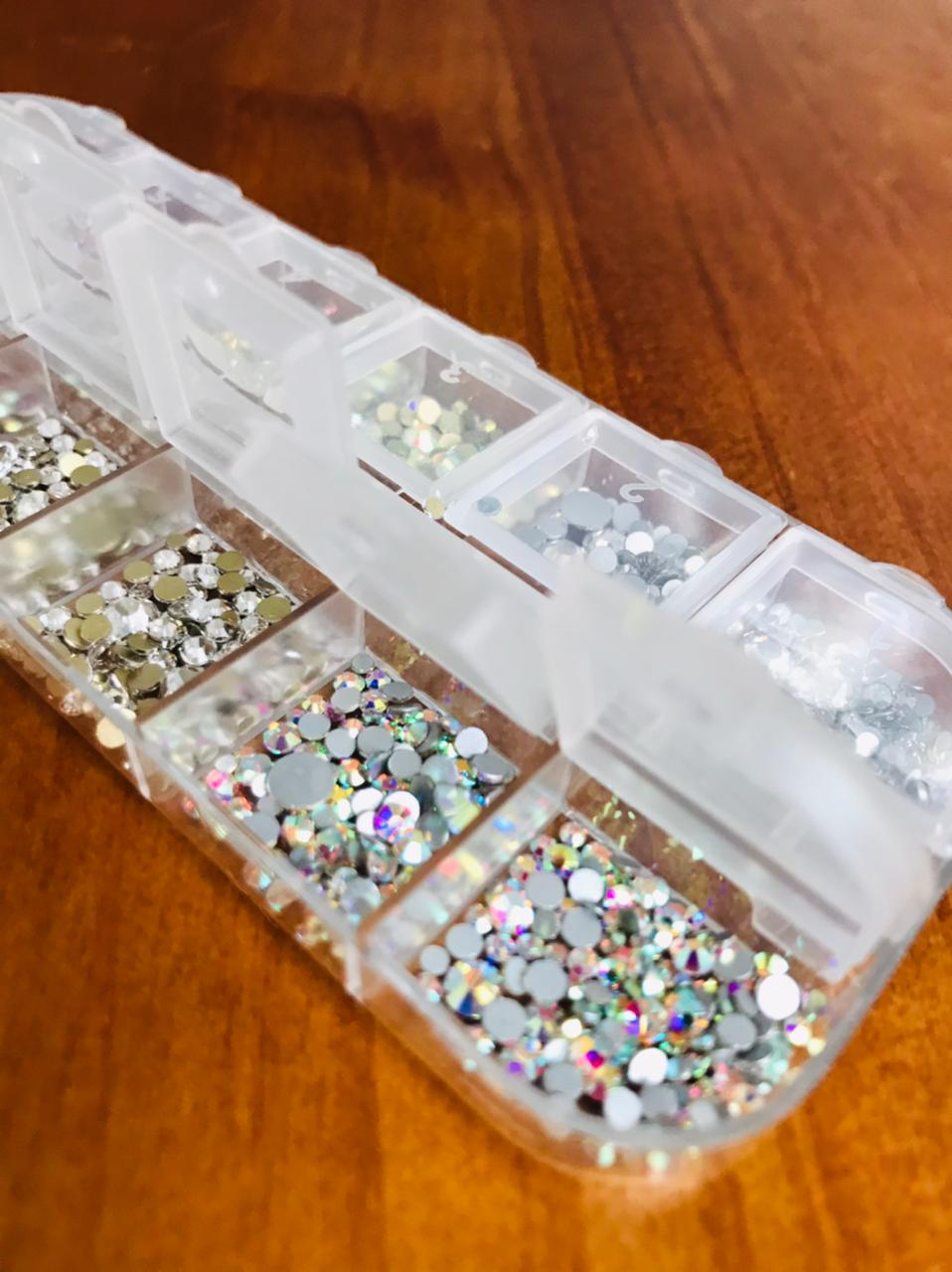 Caixinha de Cristal similar ao swaroviski  - Sílvia Pedrarias & Cia