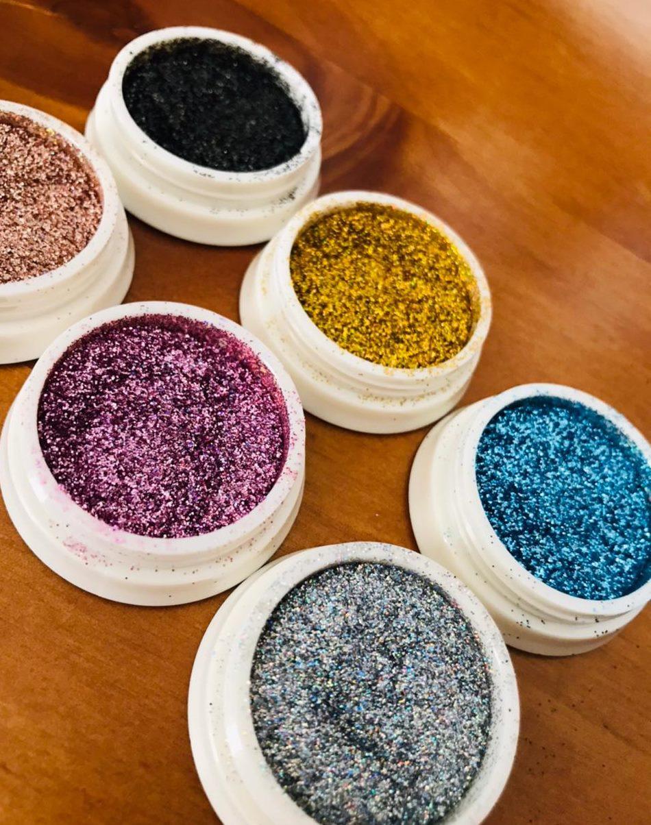 Novo glitter fino para unhas Helen color caixa com 06  - Sílvia Pedrarias & Cia