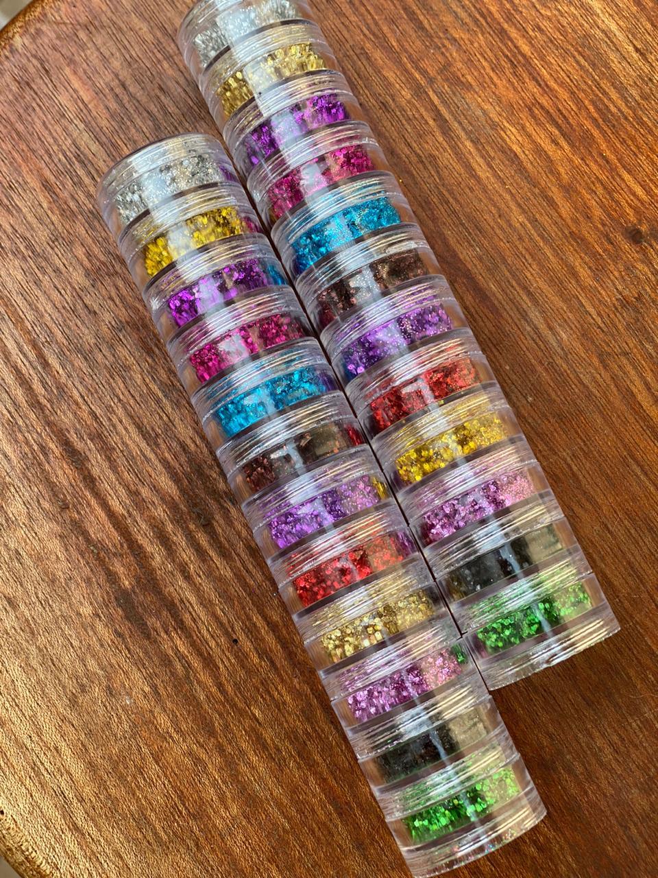 Torre de glitter com 12 cores flocada  - Sílvia Pedrarias & Cia
