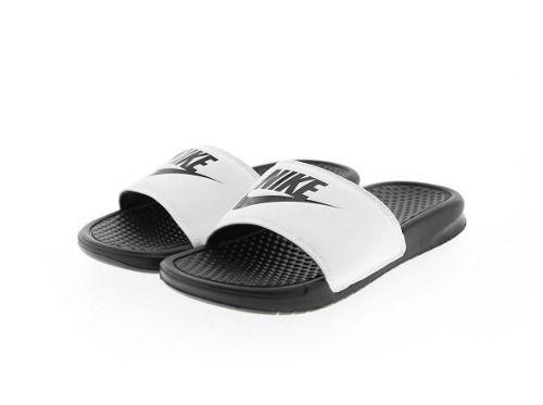 Chinelo Nike Benassi Just Do It Masculino - Preto Branco - Joinville ... 96f84c0d3f235