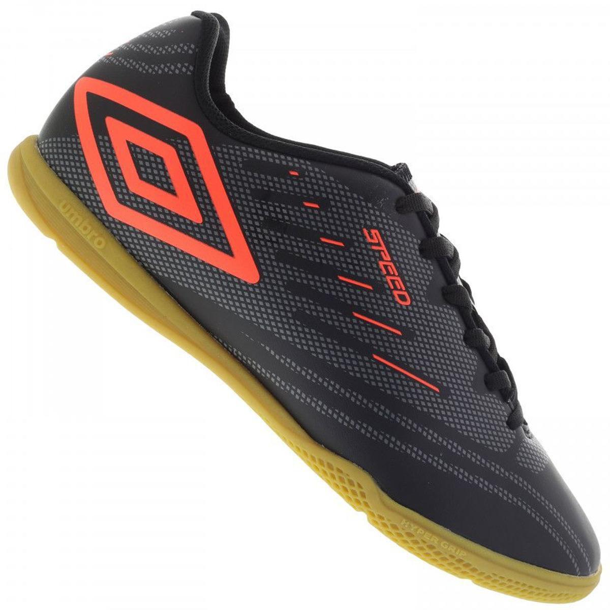 06d63ff6e7a38 Chuteira Futsal Umbro Speed IV Adulto - Preto Laranja