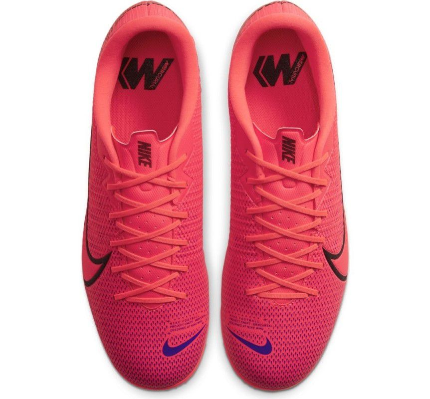 Chuteira Society Nike Mercurial Vapor 13 Academy - Masculino