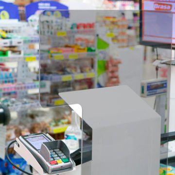 Barreira de Proteção para Caixas, Guichês e Checkout Em Acrílico PS Para Mercados