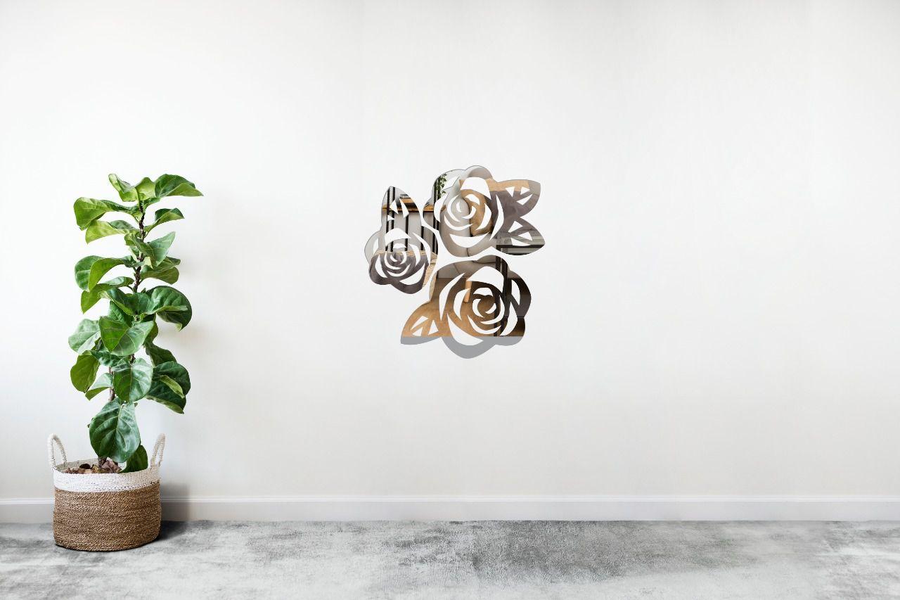 Espelho Decorativo em Acrilico Para Parede de Sala, Quarto, Cozinha e Escritorio - Modelo Conjunto de Rosas