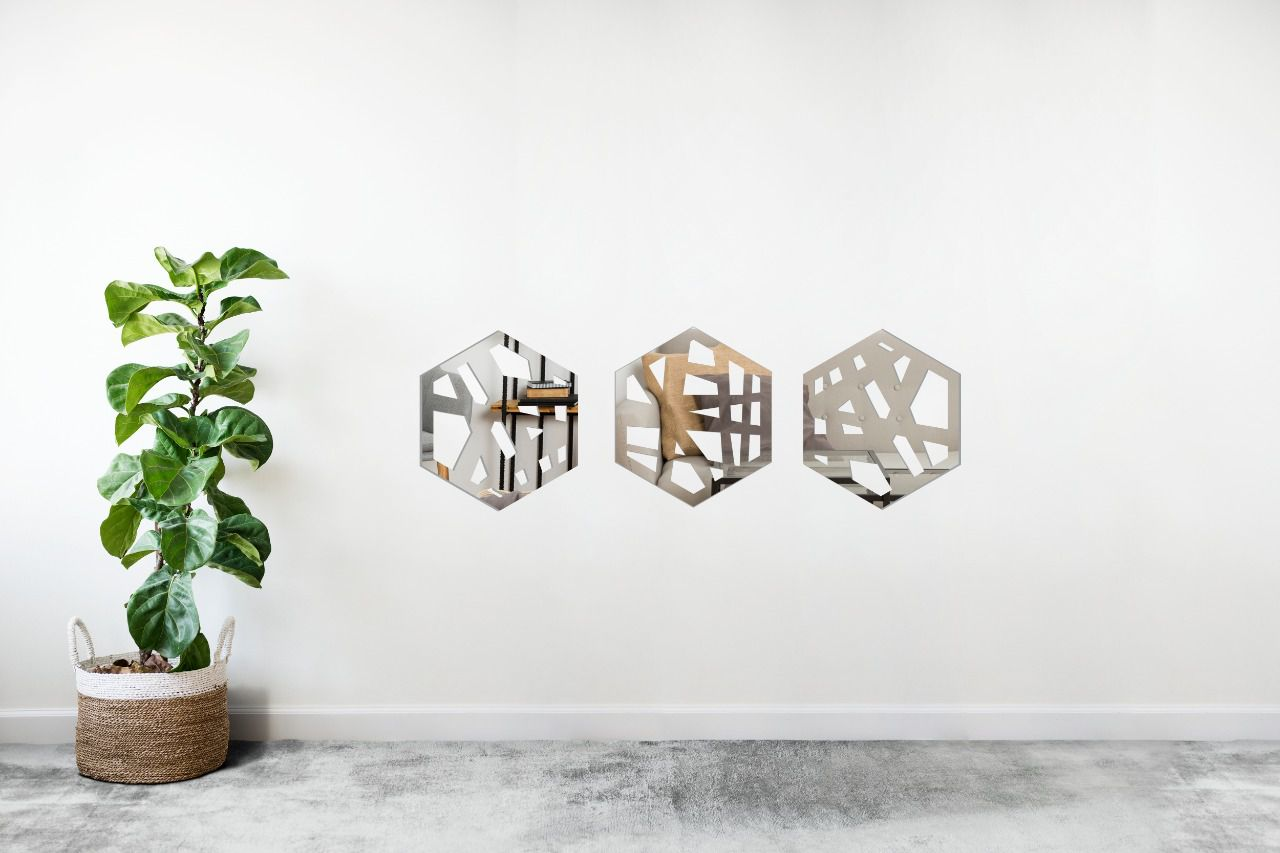 Espelho Decorativo em Acrilico Para Parede de Sala, Quarto, Cozinha e Escritorio - Modelo Conjunto Polígonos Riscos