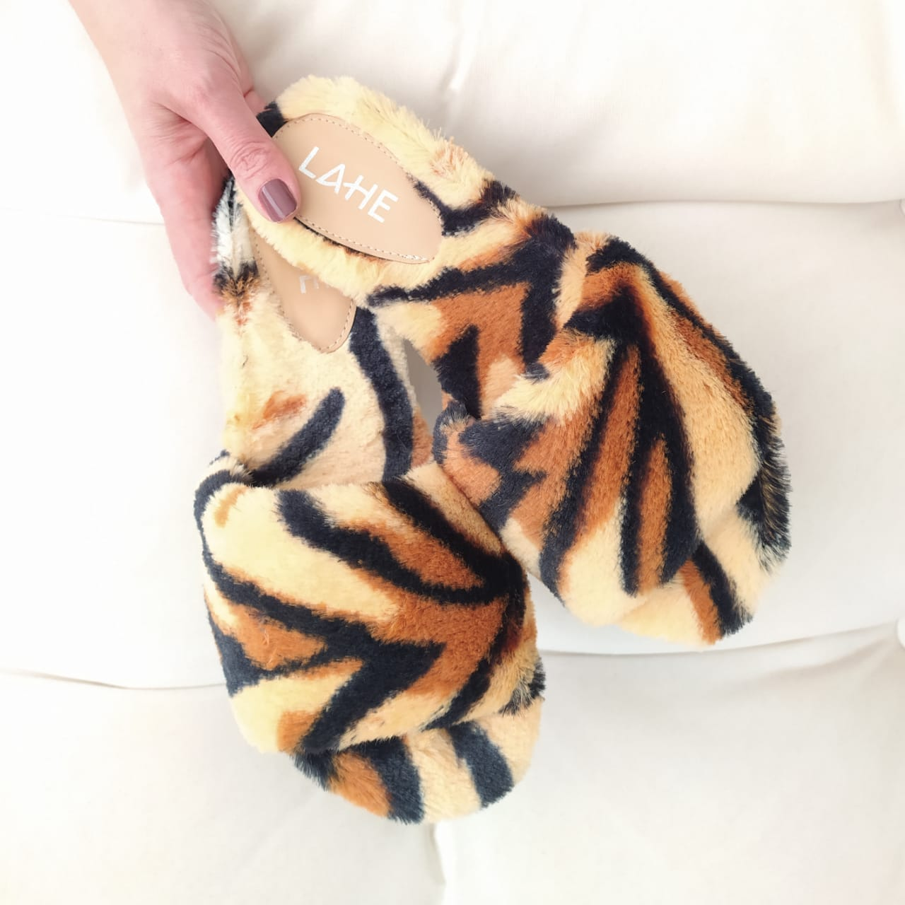 CHINELO FLUFFY - TIGRE