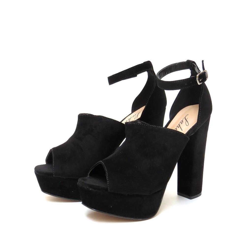 Sandália com meia pata - Preto