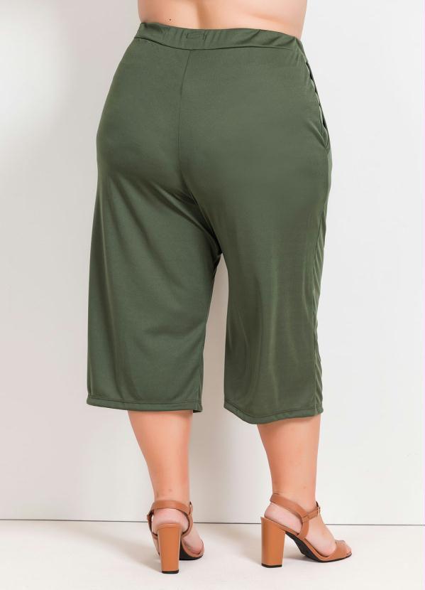 Calça Pantacourt Plus Size Verde