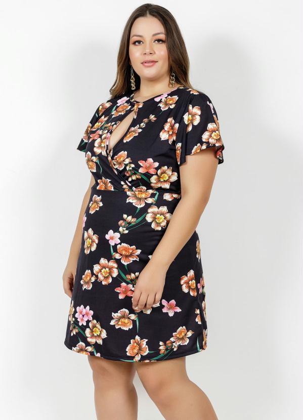 Vestido Curto Floral Com Transpasse Plus Size Preto