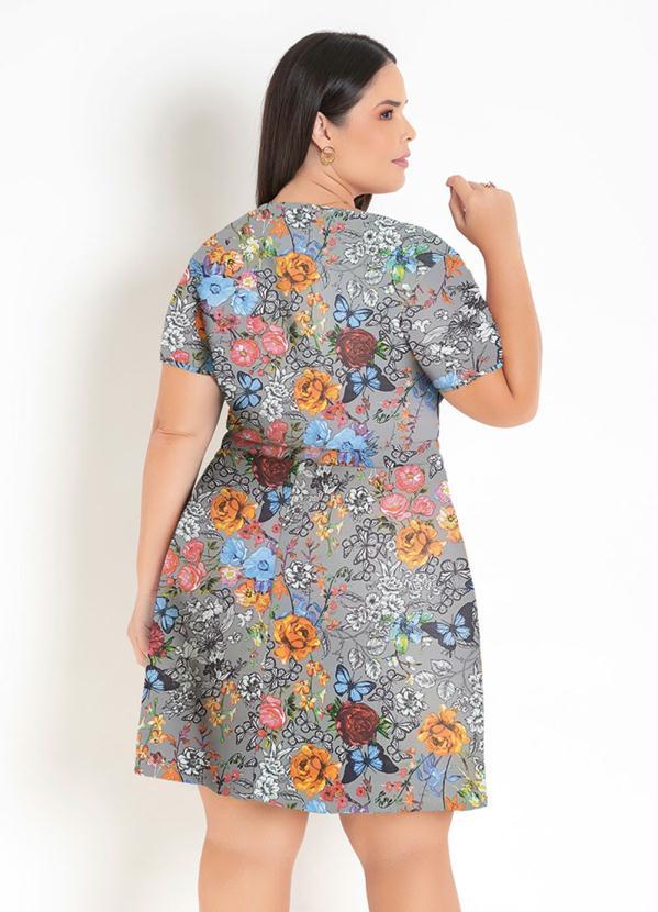 Vestido Transpassado Floral  Plus Size